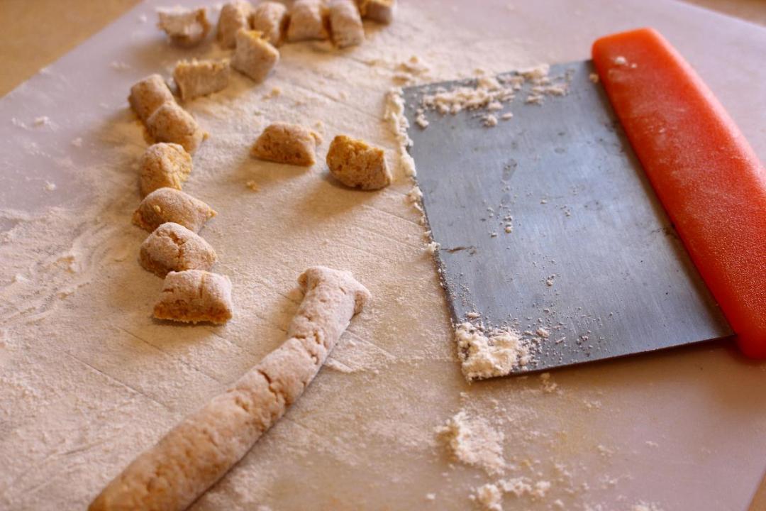 Gnocchi di zucca con farina di castagne