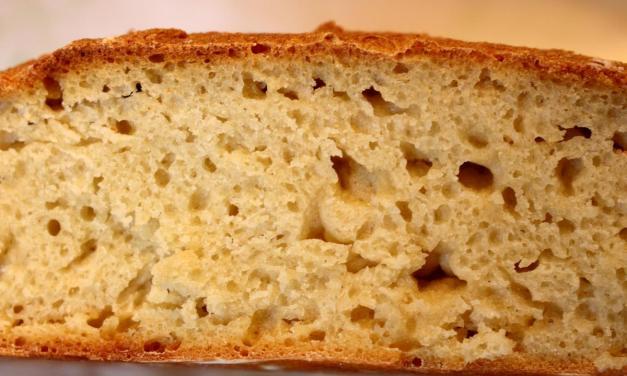 Pane con farina di ceci e semola (con lievito madre)