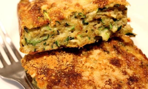 Torta salata di zucchine e orzo con pomodori secchi