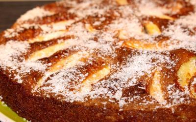 Torta di mele con mais e cocco senza glutine