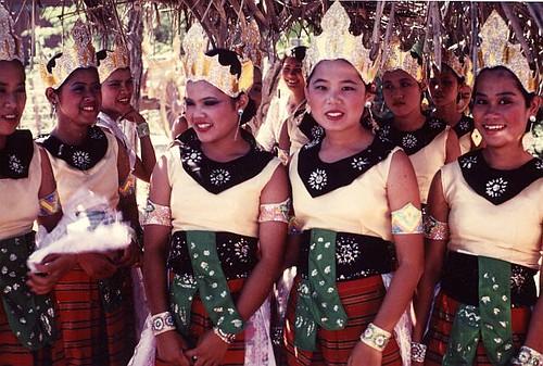 thailand sukothai parade 02 by FriskoDude