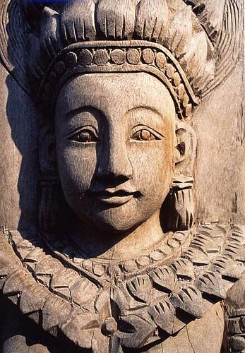 thailand wooden image por FriskoDude