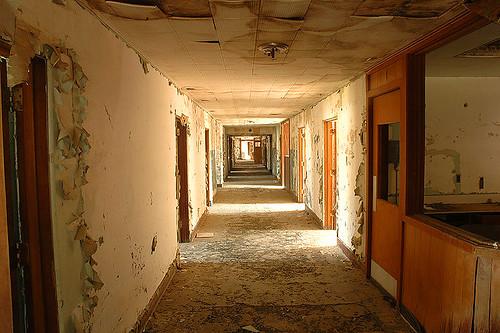 Haunted Hospital por Mark Strozier