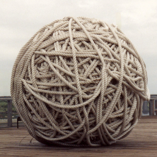 BIG Ball Of Rope by *ian*.