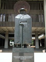 Father Damien Statue by Mermaniac