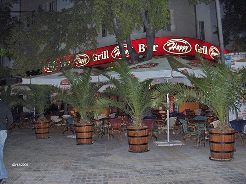 Happy Bar & Grill Varna @ Night / Happy Bar & Grill Варна през нощта