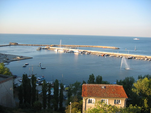 the Constanta Peer (Tomis) by the C