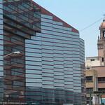 "Downtown <a style=""margin-left:10px; font-size:0.8em;"" href=""http://www.flickr.com/photos/36521966868@N01/11981350/"" target=""_blank"">@flickr</a>"