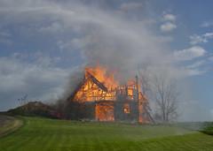 barn collapsing (5)