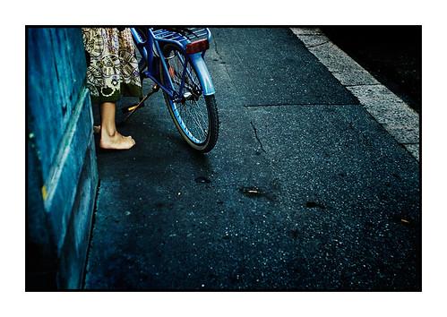 pyörätyttö - a bicycle and a girl