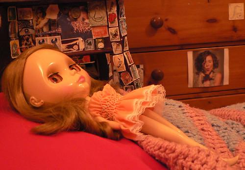 valentina sadly ponders by elysiarenee