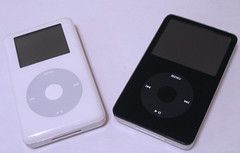 iPod, iPods, white ipod, black ipod,