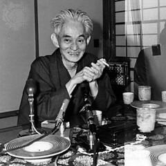 Fotos a Pila - Yasunari Kawabata, 1968 (Flickr)