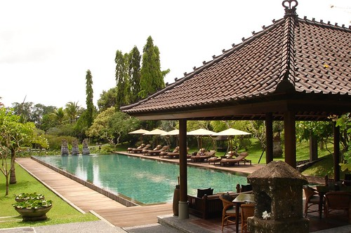 chedi club ubud main pool