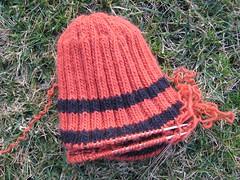 Hat_2007Feb11_OrangeBlackUnraveled