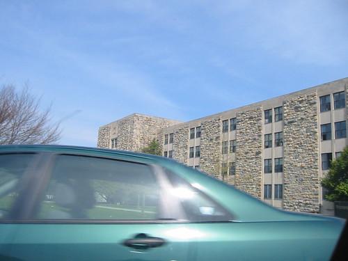 20040417 - Blacksburg reunion tour - 100-0078 - dorm - Pritchard