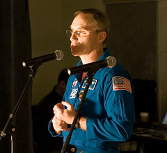 """IMG_3893: ISS Expedition 4 Astronaut Carl Walz/KC5TIE Regales the Students • <a style=""""font-size:0.8em;"""" href=""""http://www.flickr.com/photos/54494252@N00/410357609/"""" target=""""_blank"""">View on Flickr</a>"""