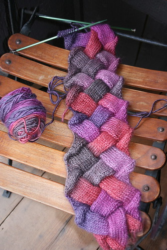 entrelac scarf in Patons SWS
