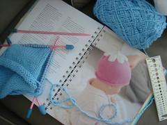 knitting tulip hat