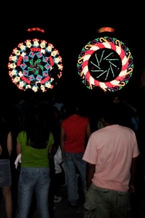 Giant Lantern Festival 2006 - 47