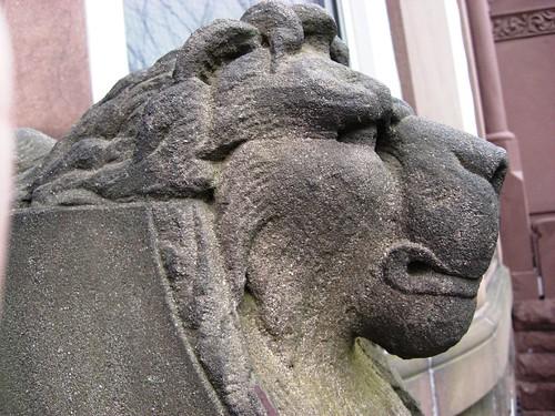 Good Guard Lion