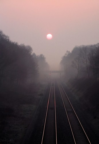Dawn Mist on the Chiltern Line, under Creative Commons from Ellas_Dads photostream. Click pic for link.