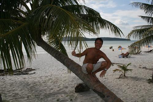 Haciendo el mono en Pantai Cenang