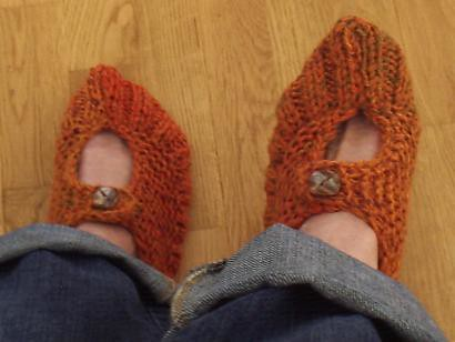 Pocket book Slippers with flash and feet