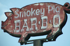 Smokey Pig - the best darn BBQ ever!