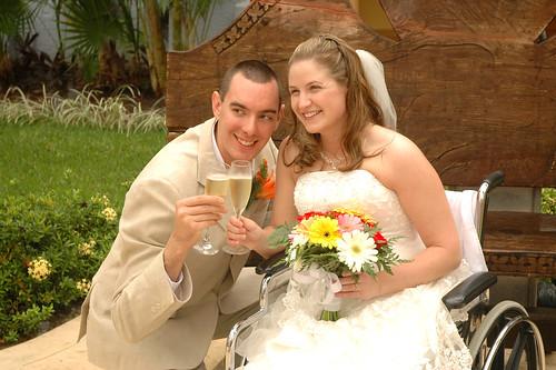 Θα παντρευόσασταν ποτ� �ναν άνθρωπο με κινητικ�ς δυσκολίες;