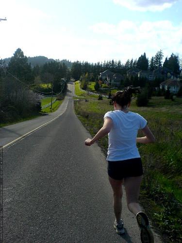 megan running down bergis road - DSC00065