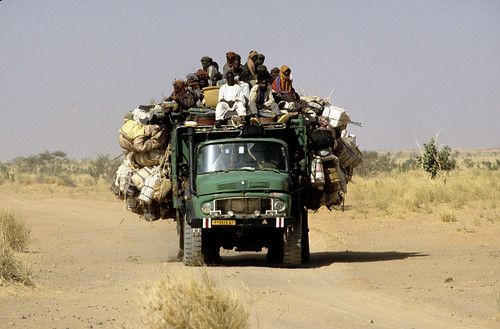 TRUCKING IN NIGER by Claude  BARUTEL.
