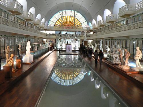 La Piscine, inside museum