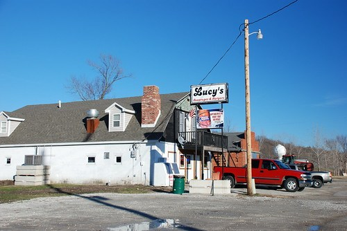 Hank and Judy's Tavern Outside
