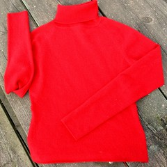Red turtleneck cashmere  sweater