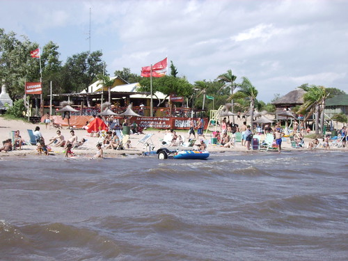 A look on the beach of Rio Gualeguaychú
