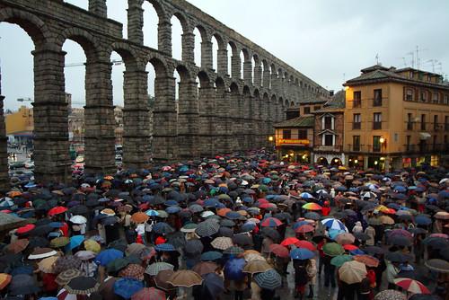 Manifestación en Segovia de solidaridad por el atentado del 11M. Foto Pedro Merino