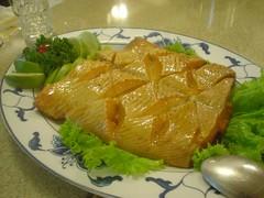 [吃] 宋廚菜館_13.煙燻龍鯉
