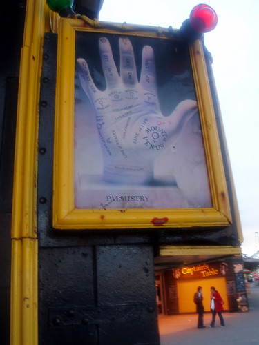 Palmistry in England