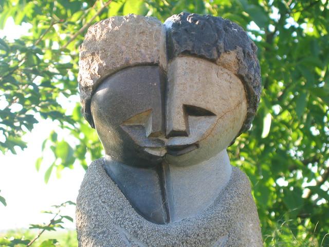 Zimbabwe Sculpture (2)