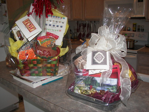 2 gift baskets