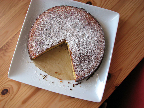 Orange-scented Almond Cake