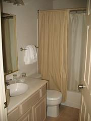 Second Bathroom in condo at Seascape Resort (Deluxe Ocean View)
