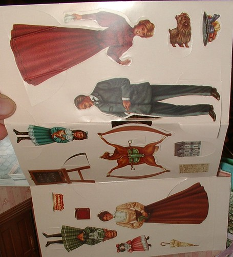 paper doll family for pop up house
