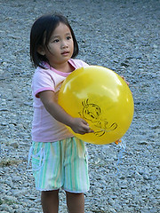 girl_baloon