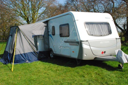 Tips to choosing a caravan cover