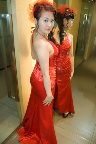 Jiajia in a sexy red dress