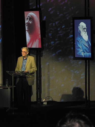 E. O. Wilson Accepting TED 2007 Prize 1 of 2: advencap / Class V