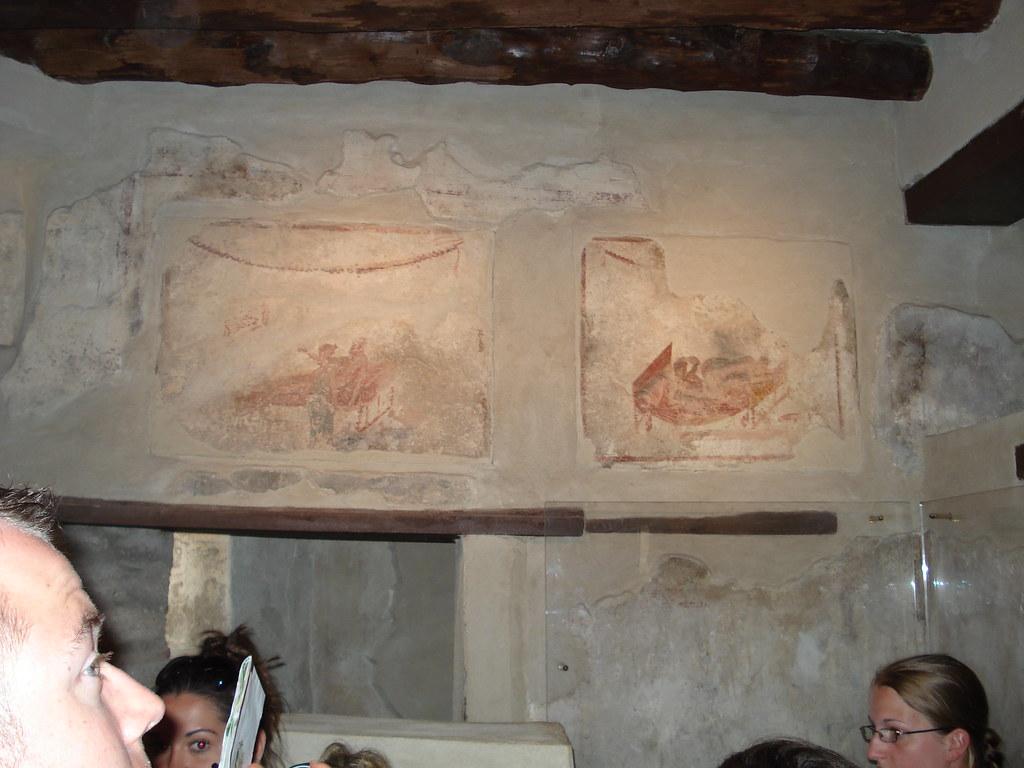 Lupanare (lo q viene a ser burdel). No se ve bien, pero en las paredes estàn dibujados los distintos 'servicios' para q los eligieran señalando