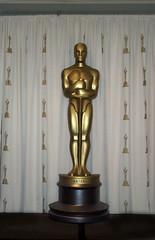 Oscar Backstage